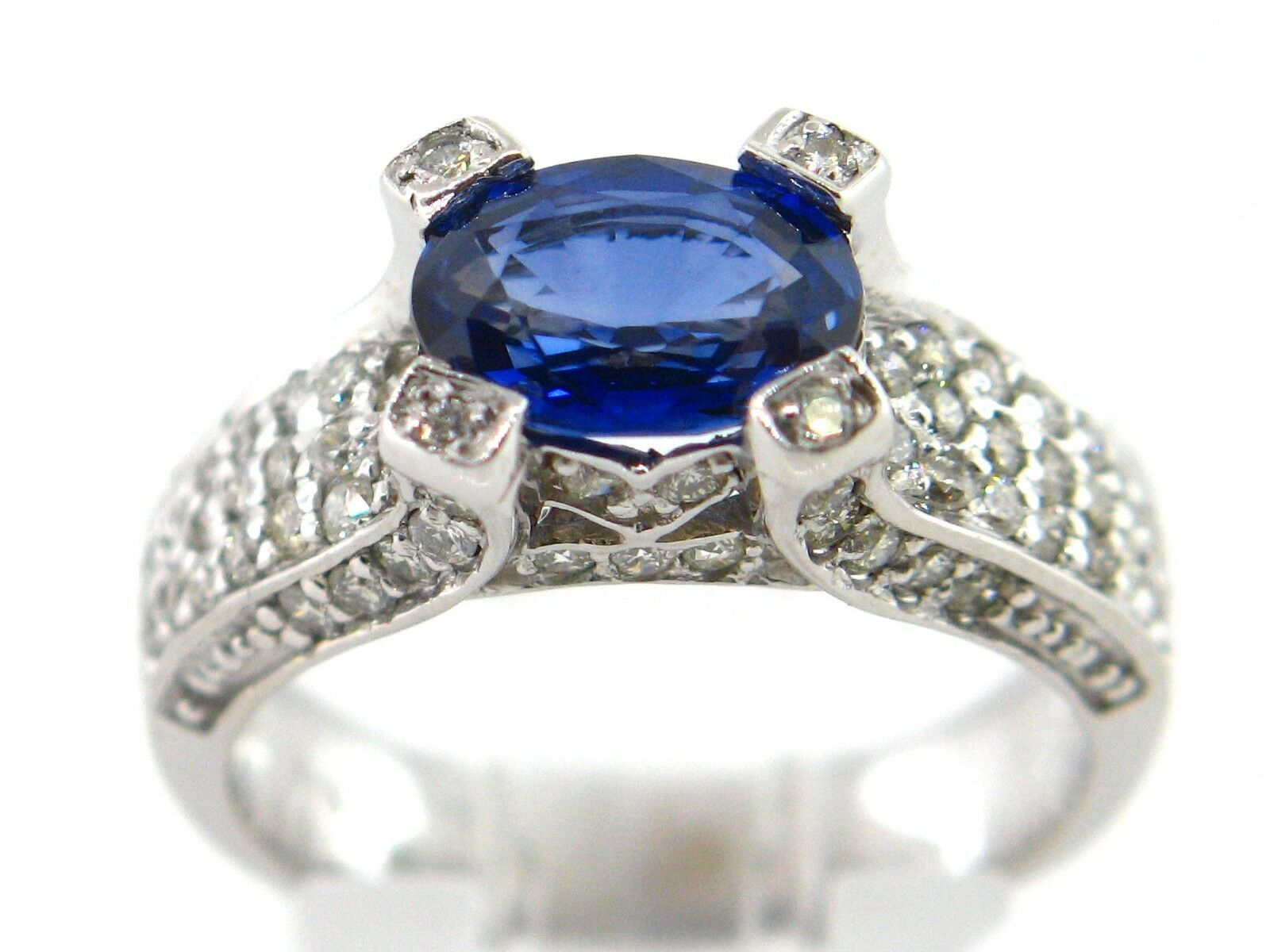 2.80 CT Natural Sapphire & Diamond Lady's Ring VS  G 14K White gold