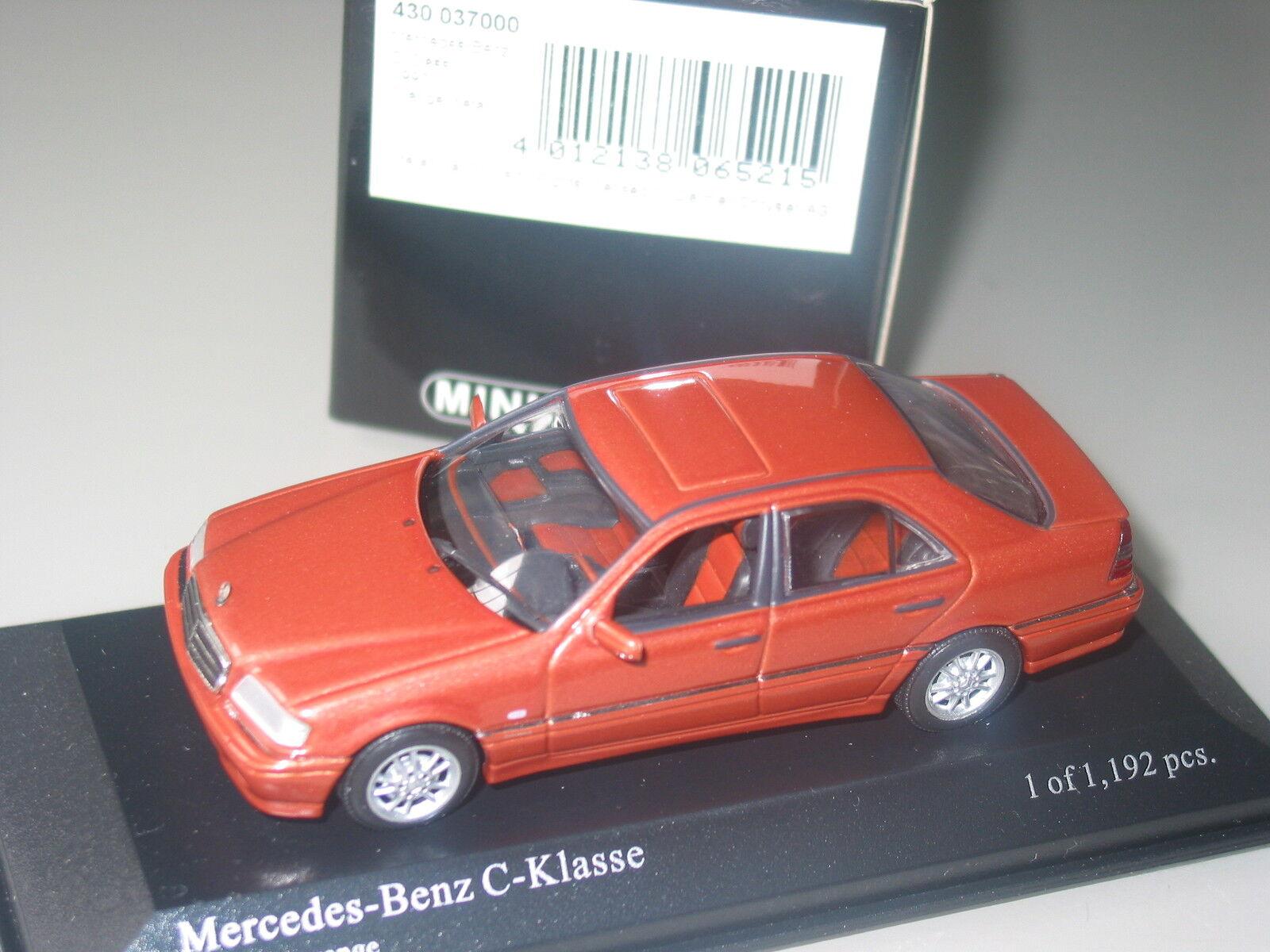Mercedes C class W202  Designo Rarely available edition  1 43 Minichamps