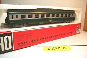 WAGONS-TRAIN-HO-VOYAGEURS-UIC-B10-2eme-CLASSE-de-JOUEF-OCCAS-boite-4692-B