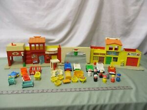 Fisher-Price-Little-People-Town-SET-Play-Family-Village-997-BD-Fire-Mail-truck