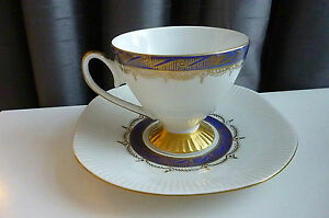RARE-VINTAGE-DEMITASSE-FOOTED-CUP-amp-SAUCER-by-CHODZIEZ-Excellent-condition