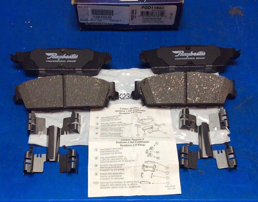 Raybestos PGD1411C Professional Grade Ceramic Disc Brake Pad Set