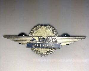 DELTA-AIRLINES-AIRLINES-FLIGHT-ATTENDANT-WING-BADGE-PIN-30-Years-Old
