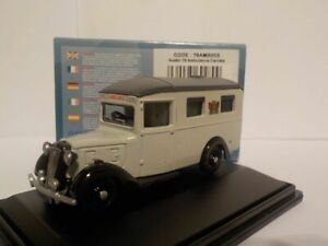 Model-Car-Austin-18-Ambulance-1-76-New