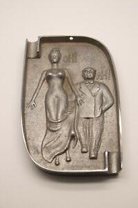 Aschenbecher-Metall-erotisches-Motiv-Art-Deco