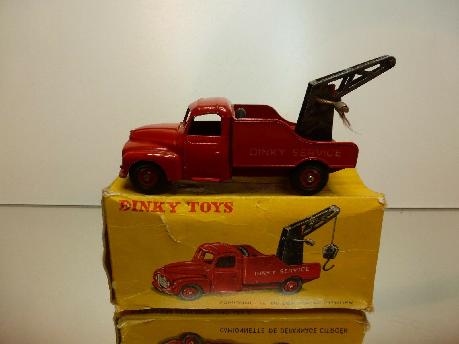 DINKY TOYS 582   COMIONNETTE DE DEPANNAGE CITROEN - GOOD CONDITION - IN BOX