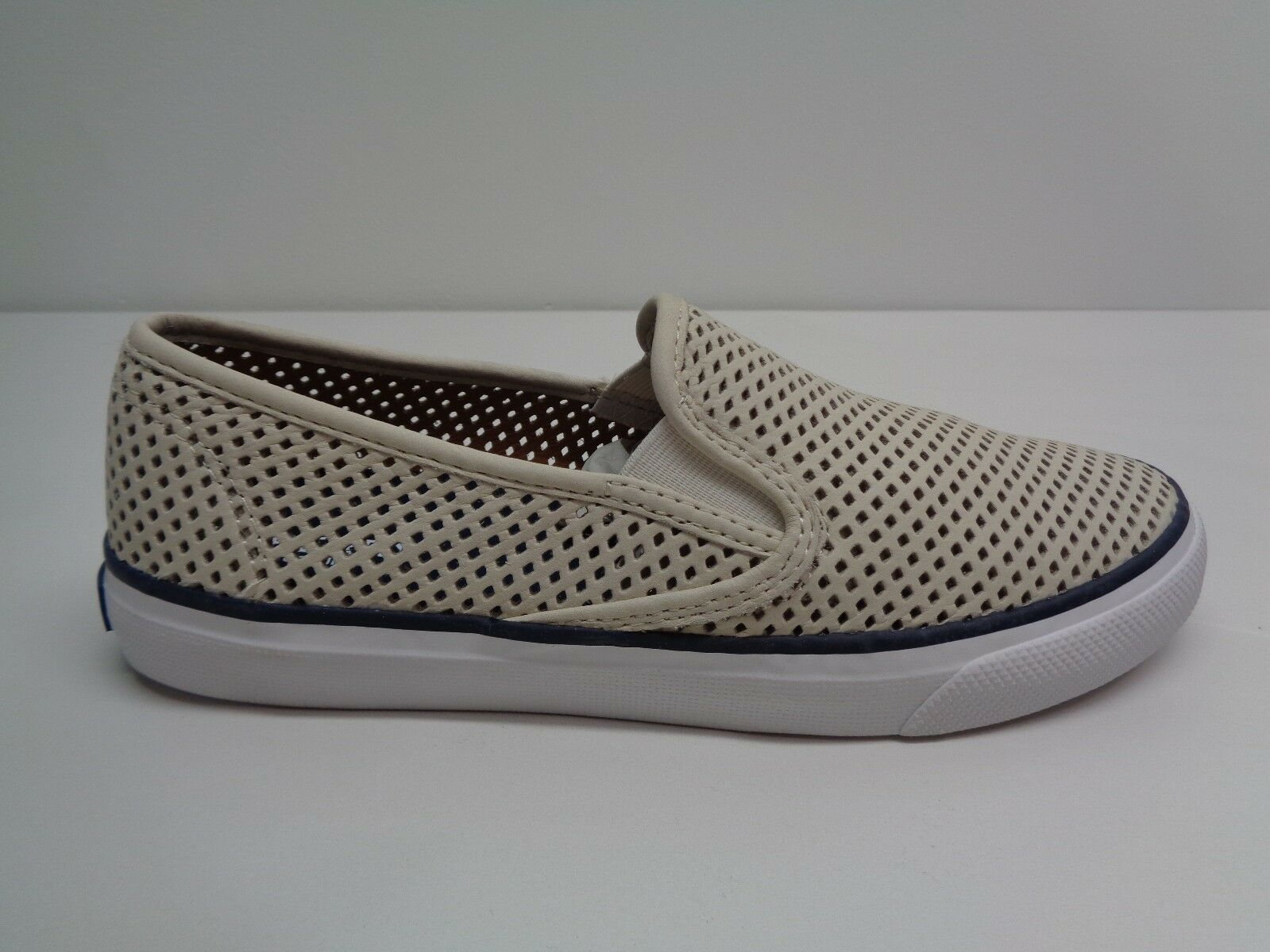Sperry Size 9 M SEASIDE PERFORATED White Leather Sneakers New Womens shoes