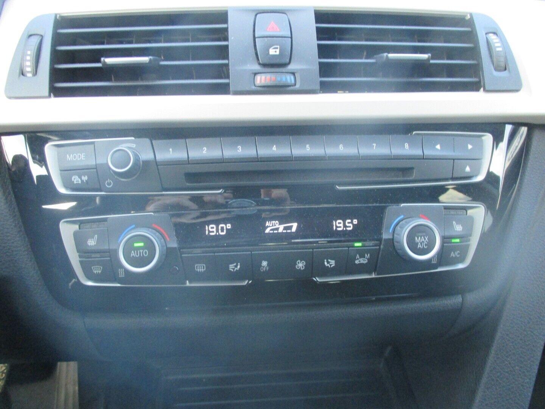 BMW 320d 2,0 Touring aut. - billede 8