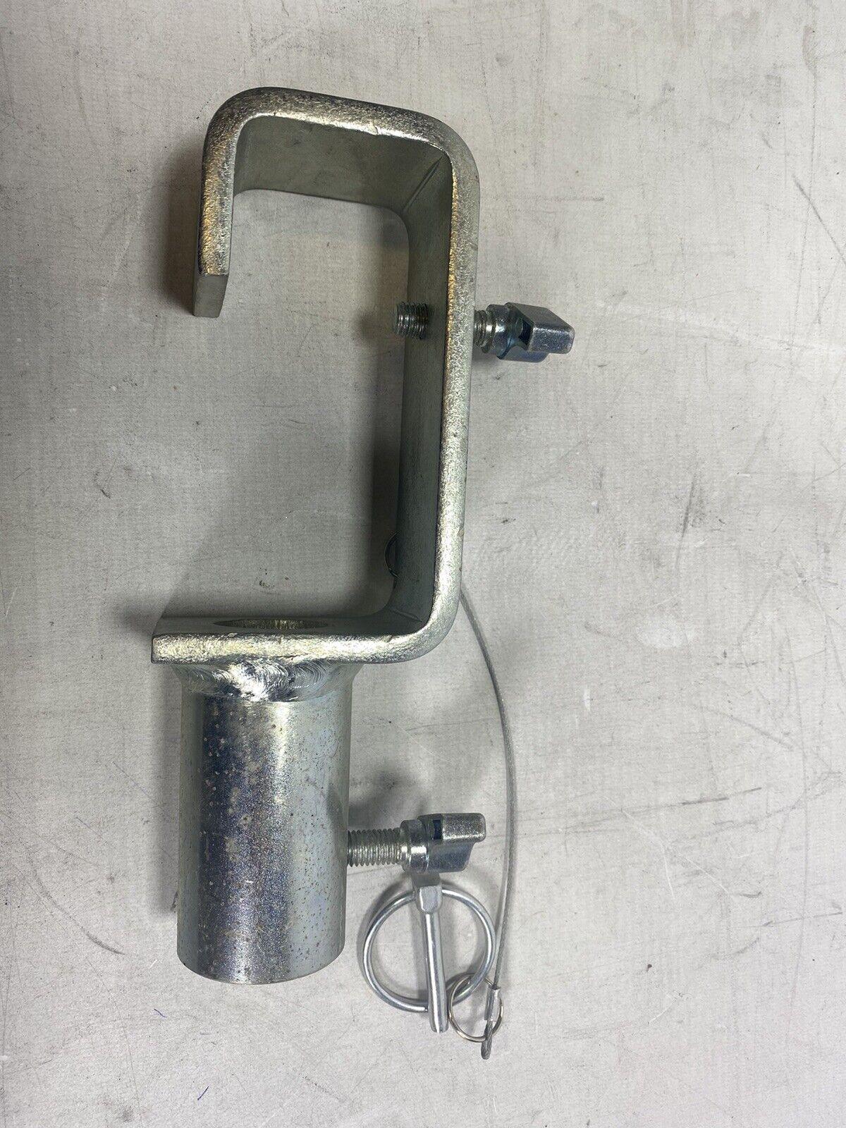 Doughty T20900 TV C-hook 50 mm - Lighting clamp