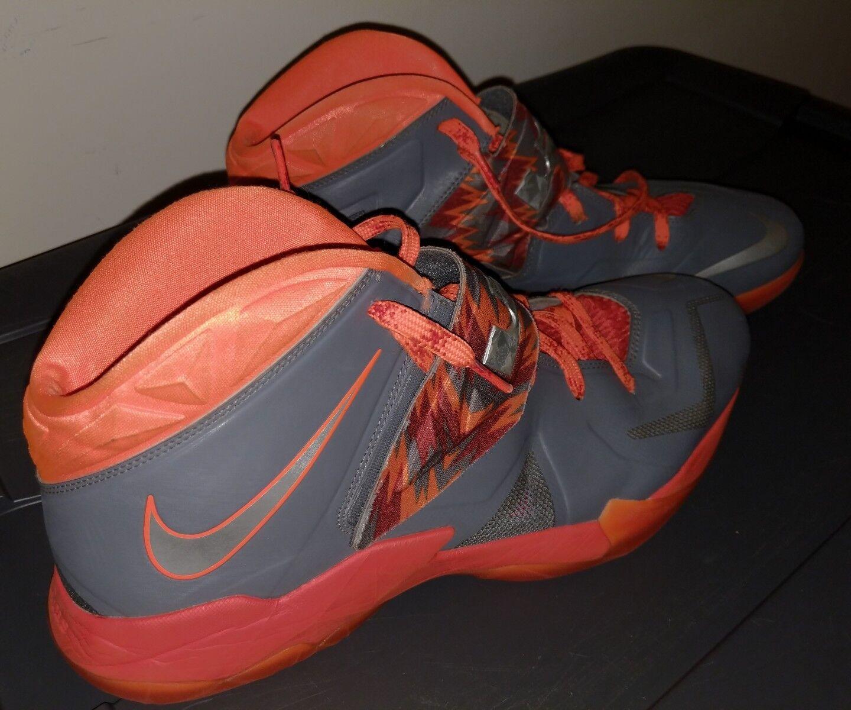 Nike Zoom Soldier Lebron James Total Team NBA orange Size 15 Elite VII shoes