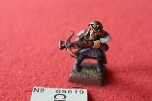 Jeux Atelier Mordheim Witch Hunter Figurine en Métal Warhammer Peint en B2