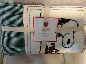 Pottery Barn Kids Peanuts Snoopy F Q Holiday Quilt