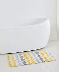 Chevron Zig Zag Yellow Gray White Cotton Bath Rug Mat 20 X 32