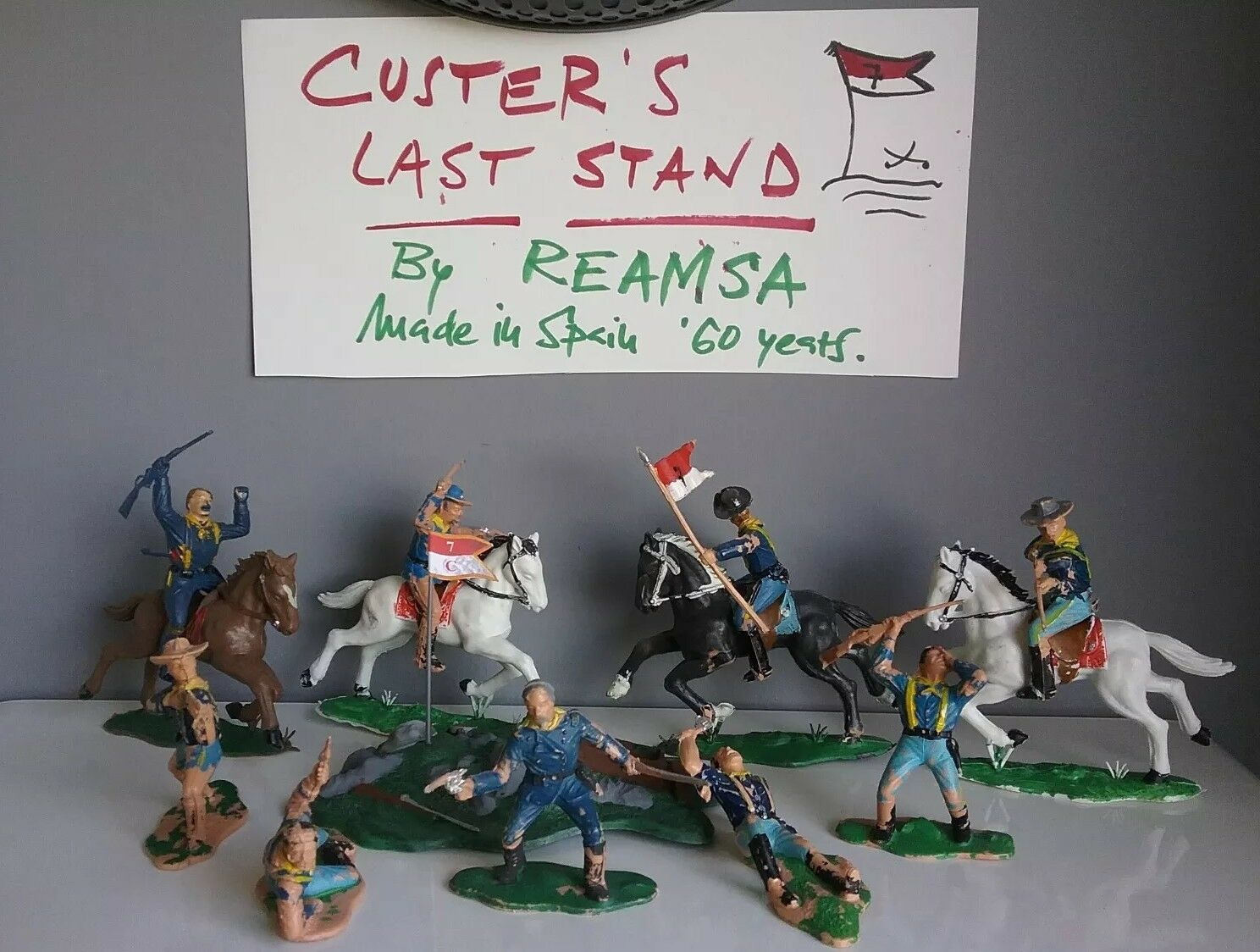 Custer's last stand, US troopers - Toy soldiers by Reamsa in Spain 1960's years.