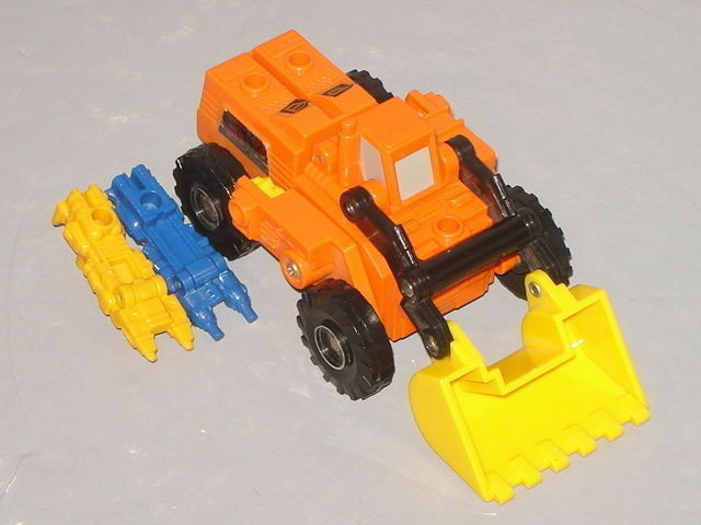 G1 TRANSFORMERS AUTOBOT TARGETMASTER SCOOP COMPLETE LOT   5