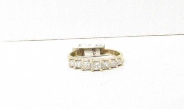 (RI1) Ladies 14K Yellow gold Diamond Ring - sz. 7 - 2.6 g - .40 TCW