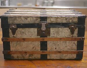 Antique Victorian Vintage Metal Tin Wood Small Coffee Table Steamer Trunk Ebay