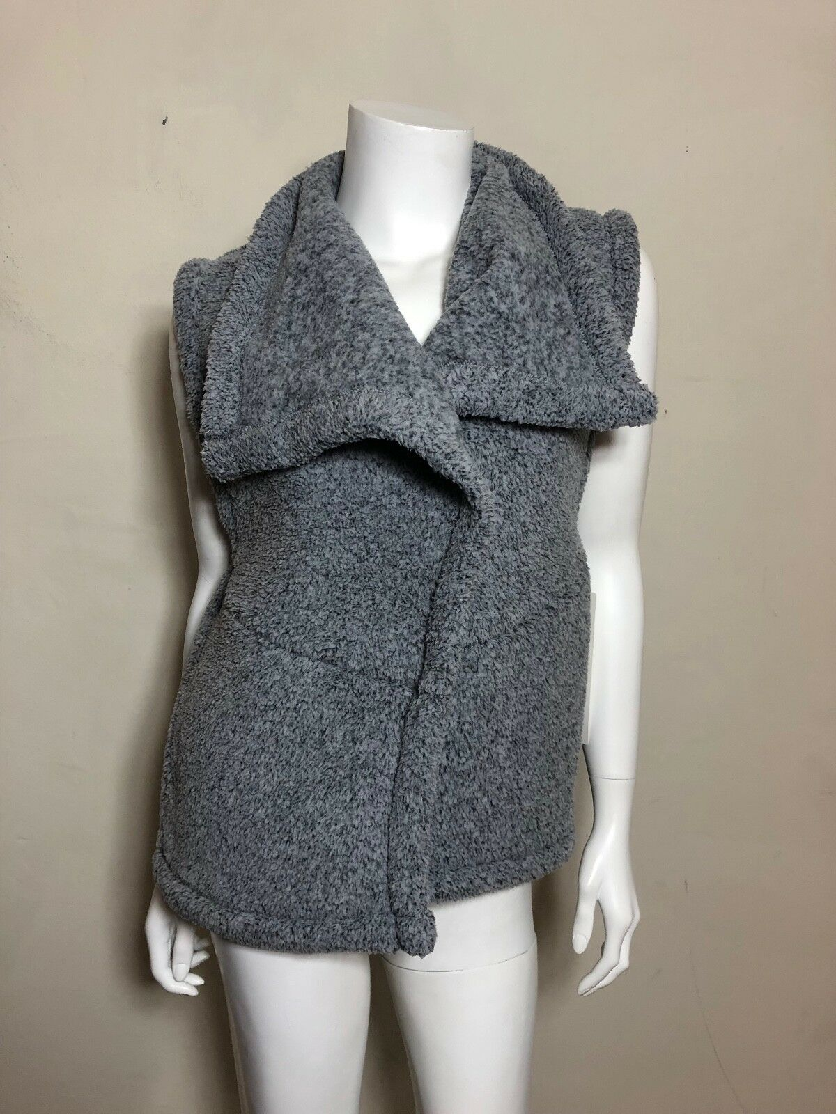 NWT Lucy Hatha Sherpa Vest in Grey Size Size Size S 3f6876