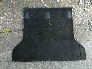 bmw-e46-325ti-compact-black-boot-carpet