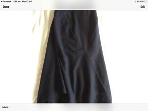 VIVIENNE-WESTWOOD-RED-LABEL-black-wool-skirt-size-42-waist-26-inch
