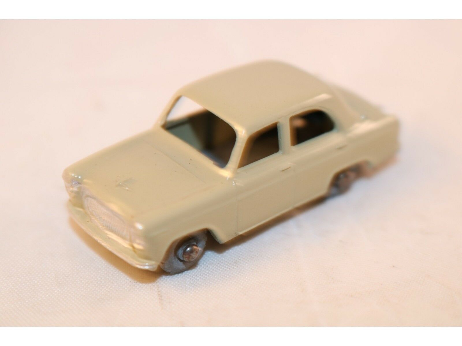 Matchbox A Moko Lesney No 30 Ford Perfect with GMW in mint condition