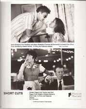 PF Short Cuts ( Tom Waits , Lily Tomlin )