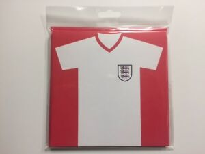 WHITE-ENGLAND-FOOTBALL-SHIRT-BLANK-CARDS