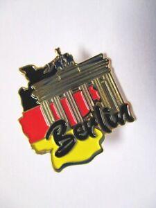 Berlin-Brandenburger-Tor-Pin-Anstecker-Germany-mit-Druckverschluss