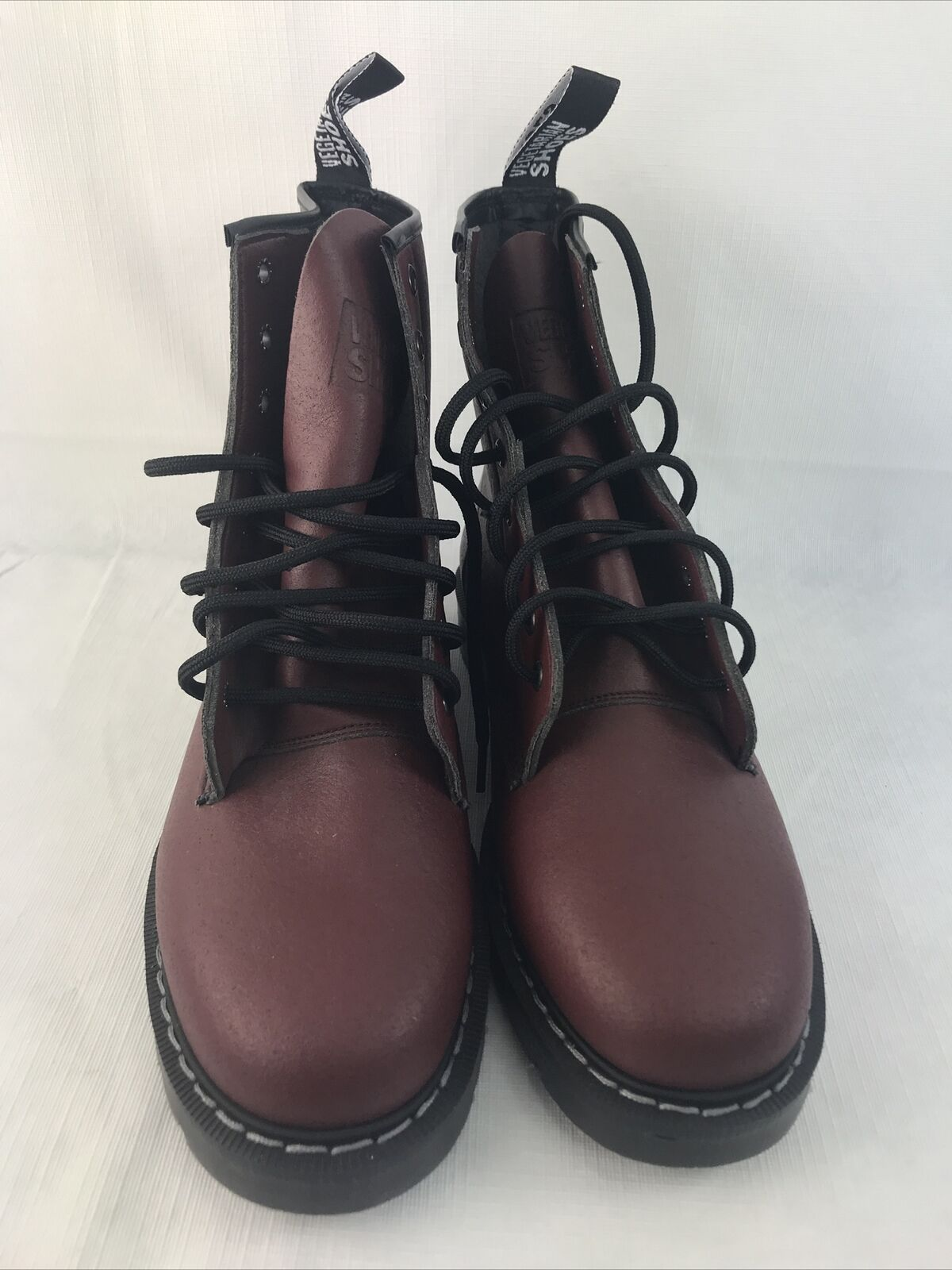 Hawkins Astronaut Boots Solovair Vegetarian Shoes 9/10 Eyelet Cherry Red Unisex