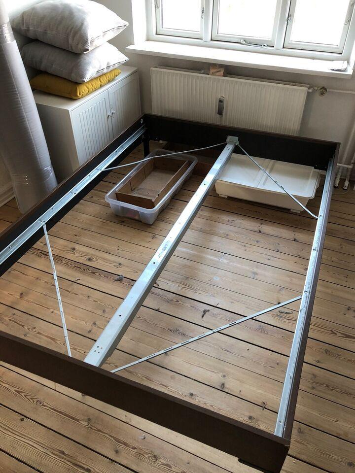 1½ seng, IKEA, b: 140 l: 200