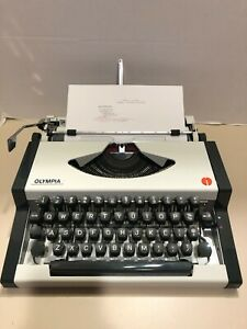 1976 Olympia SF DeLuxe Portable Typewriter & Original Case, Excellent Condition