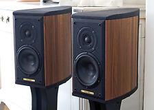 Pair of loudspeakers SONUS FABER MONITOR WOOD with ORIGINAL FOOT STANDS
