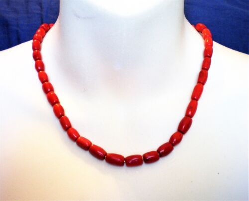 Vintage Beaded Women Necklace White Sponge Coral Silver Plated Toogle Clasp Long 18.5