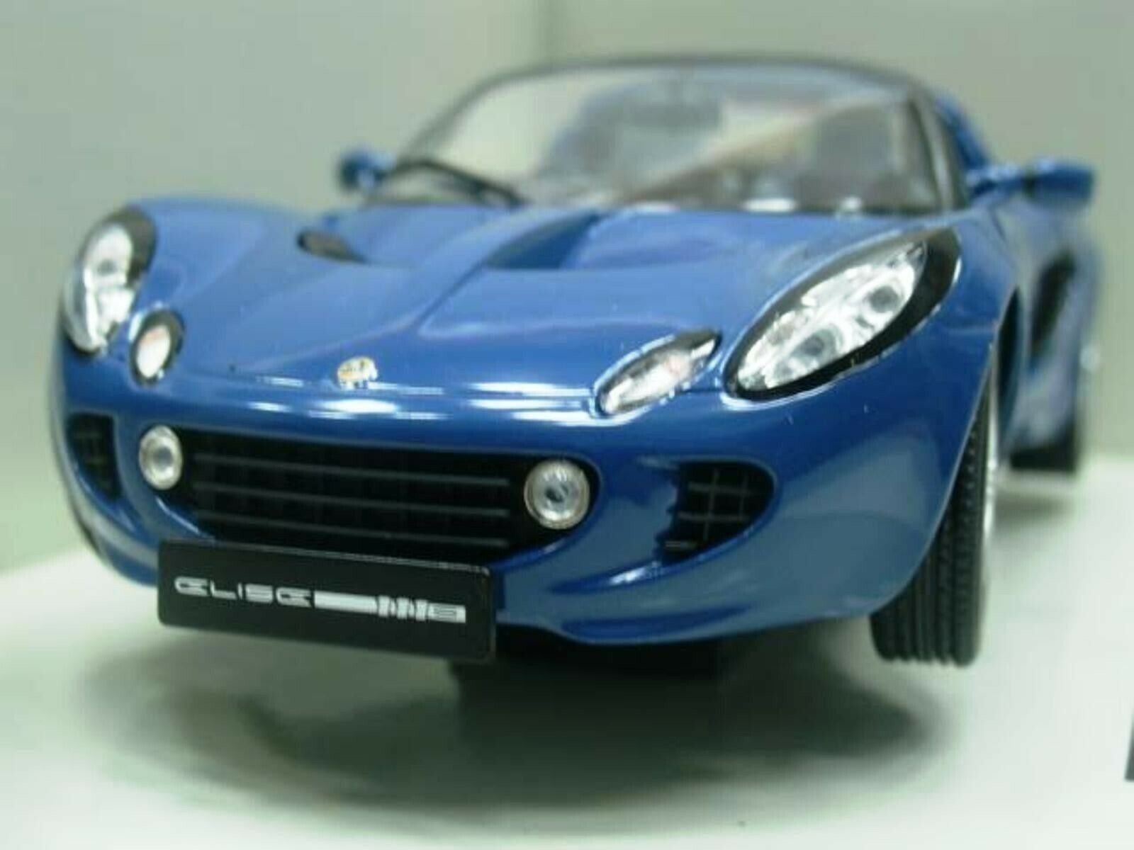 WOW EXTREMELY RARE Lotus Elise S2 111S Targa RHD 2002 bluee 1 18 Revell-Auto Art