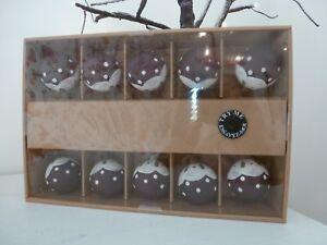 Gisela-Graham-10-Glass-Christmas-Pudding-LED-Christmas-Lights-2-xAA-Batteries