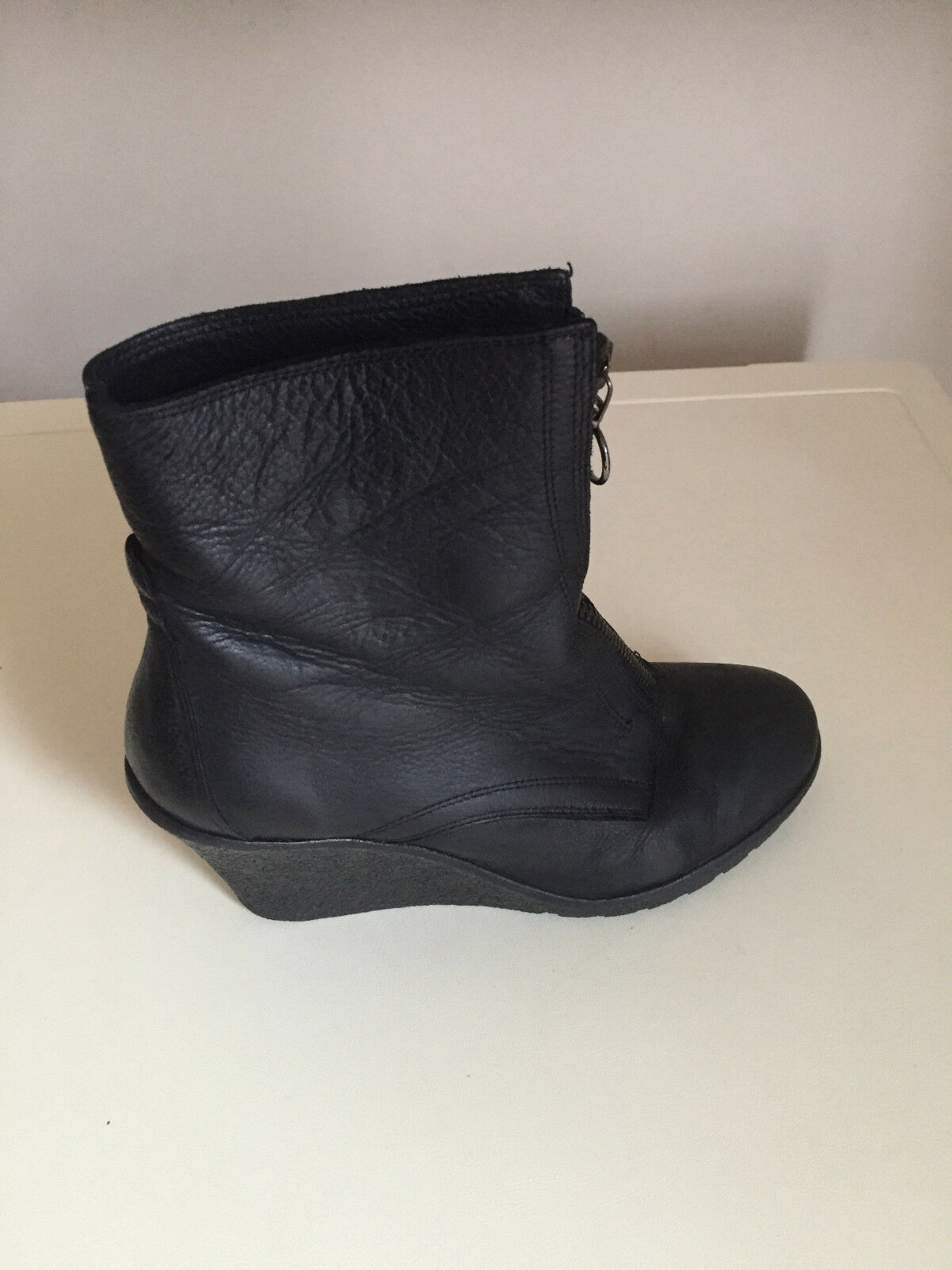 WOMEN Carvella Black LEATHER Wedge Ankle Boots Size EUR 36