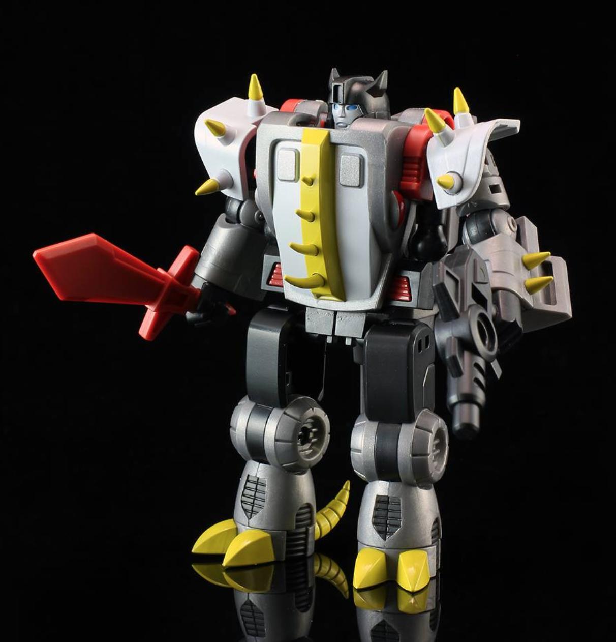 Transformers TFCON 2016 Exclusive CV-002S Dinobot Corbot V Savage Alicon