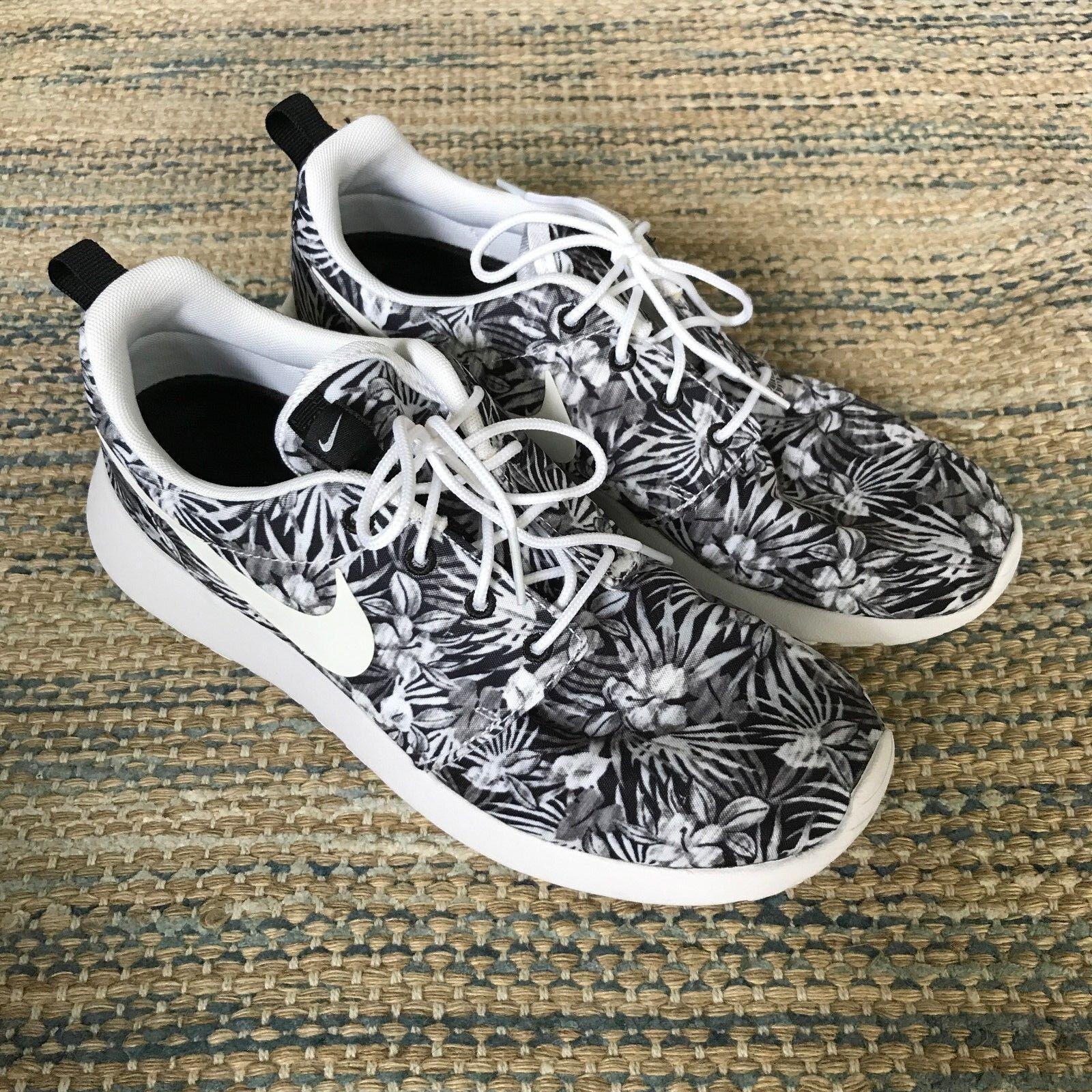 Nike Roshe Run Floral Premium Print Sneakers Women's US 9 Men's US 8