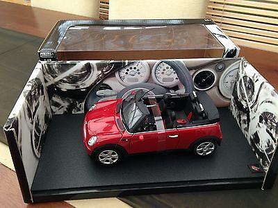 Amabile Hotwheels Mini Cooper Cabrio In Rosso Mozzafiato-mostra Il Titolo Originale