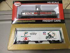 2 HO TRAIN CARS! 1 MODEL POWER TANKER, 1 MANTUA BOX CAR! MINT!