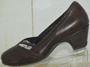 baf5616a03861 Image is loading Clarks-Artisan-Dark-Brown-Womens-Leather-Casual-Everyday-
