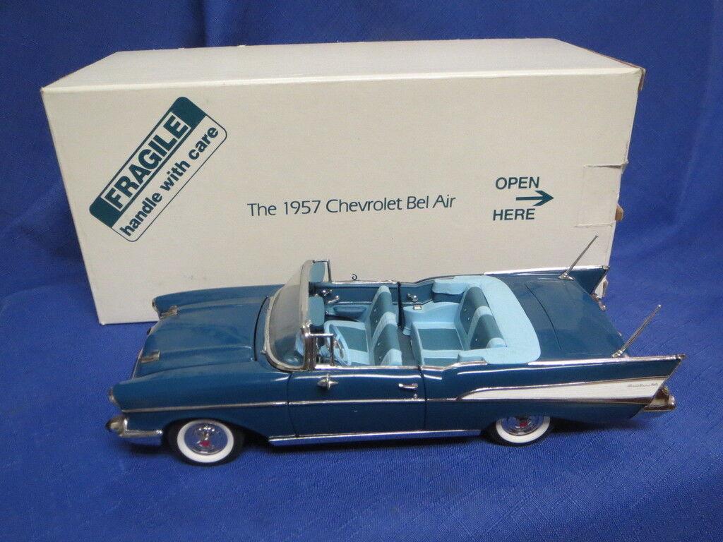 Danbury Mint bluee 1957 Chevrolet Bel Air Congreenible 1 24 Orig. Box & Title