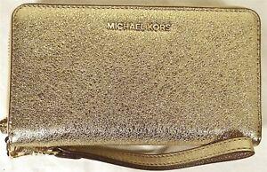 free shipping 23e02 25c04 Details about MICHAEL MICHAEL KORS GOLD LARGE FLAT MULTI FUNCTION PHONE  CASE,WRISTLET