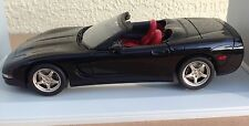 1998 Chevrolet Corvette Convertible 1:18 UT Models Black excellent in box Chevy