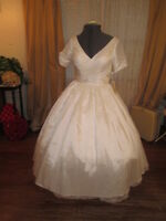 50s Vintage Inspired Rockabilly Wedding Dress Tea Length Taffeta Swishy 6
