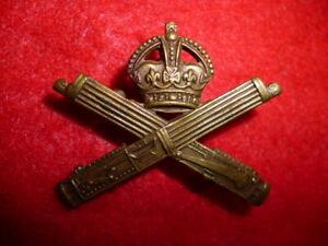 Machine-Gun-Corps-Canadian-MGC-CEF-Imperial-Pattern-Collar-Badge