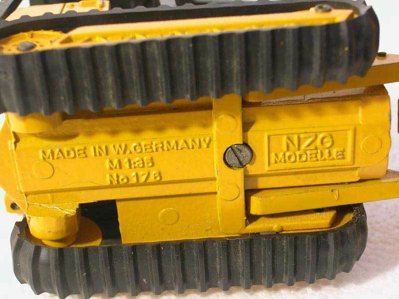 Case 850 Dozer Dozer Dozer  - 1 35 - NZG FROM THE 1970'S 7eff9e