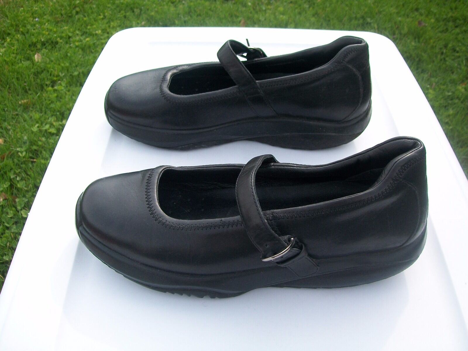 MBT Womens Size 10 Black Leather Mary Jane Rockers