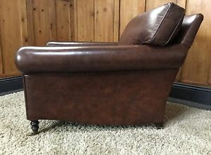 FINEST-QUALITY-REAL-LEATHER-GRAND-ARMCHAIR-amp-MATCHING-LEATHER-FOOTSTOOL-IN-VGC