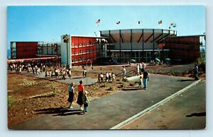 MARINELAND-ENTRANCE-MID-CENTURY-MODERN-ARCHITECTURE-Los-Angeles-County-CA
